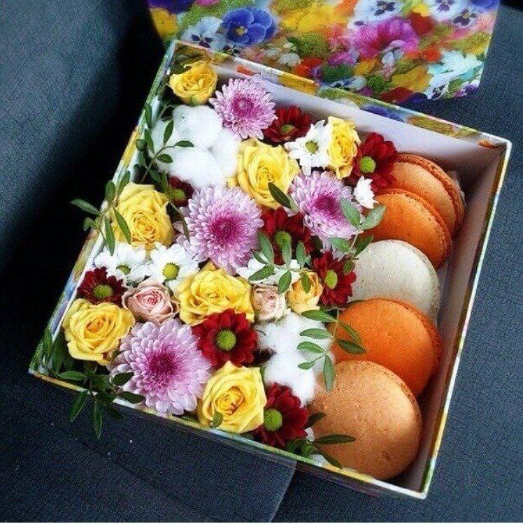 Подарок с макаронами и цветами 89